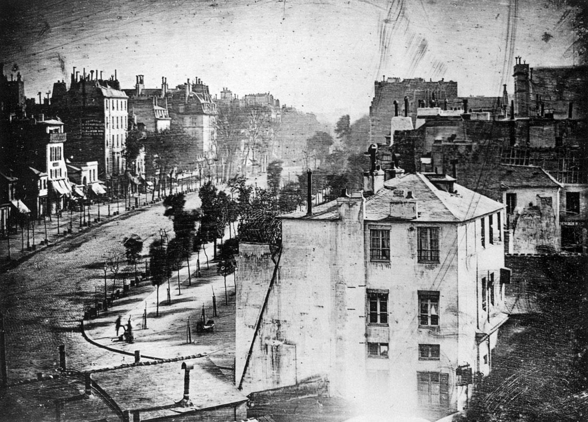 図:ダゲレオタイプによって1839年に撮影された写真